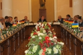 13.06.14 Round Table